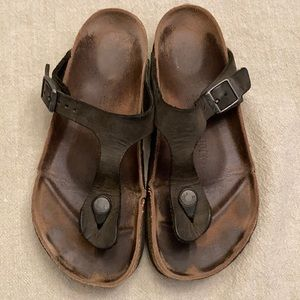 Birkenstock leather Gizeh thong sandals size 38